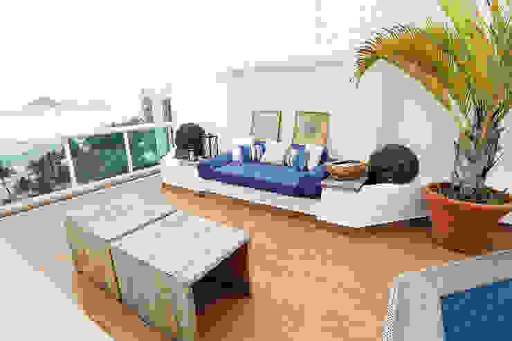 Área de Lazer Varandas, alpendres e terraços tropicais por Mayra Lopes Arquitetura | Interiores Tropical
