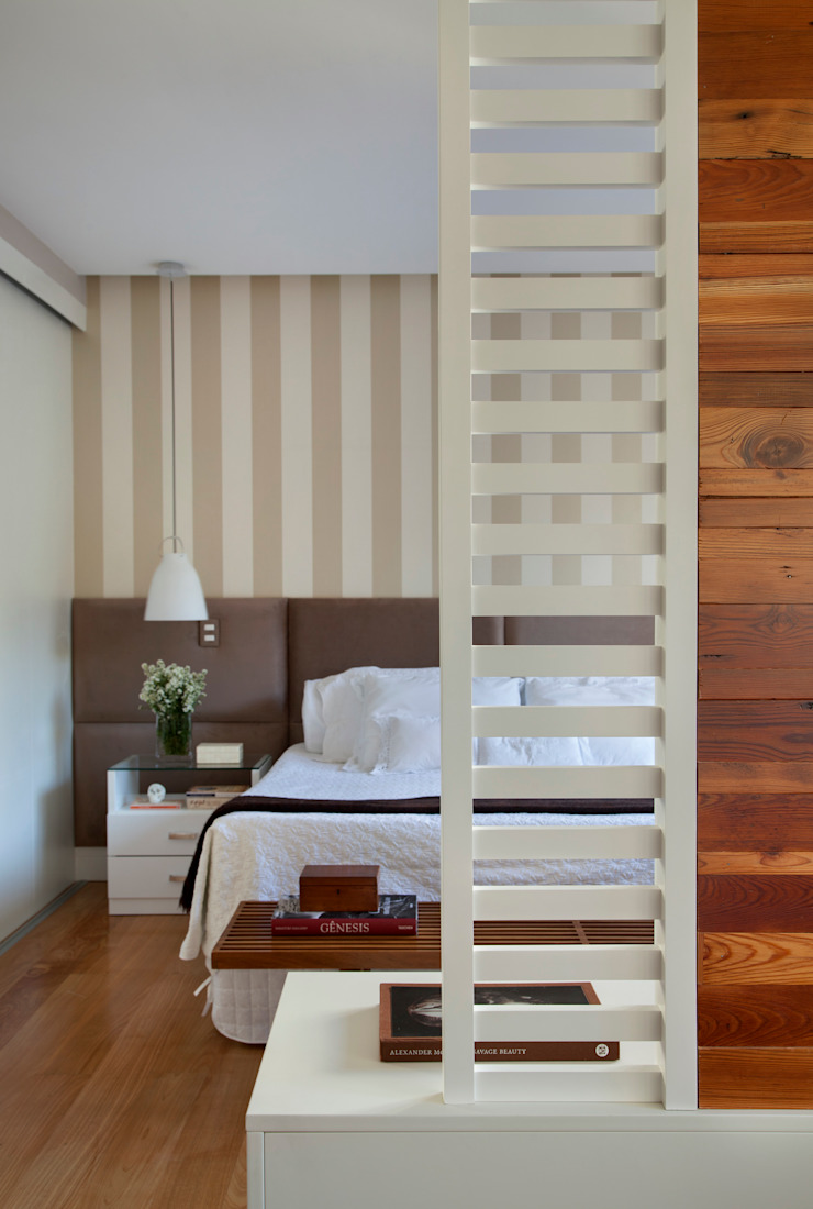 Eclectic style bedroom by Da.Hora Arquitetura Eclectic