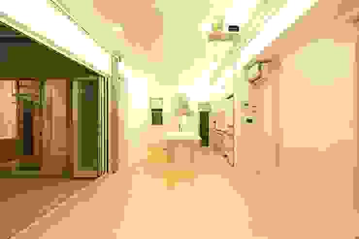 リビング・ダイニング モダンデザインの ダイニング の (有)設計工房TOGAWA モダン