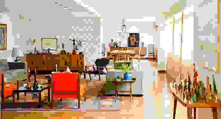 CARMELLO ARQUITETURA ห้องทานข้าวเก้าอี้และม้านั่ง