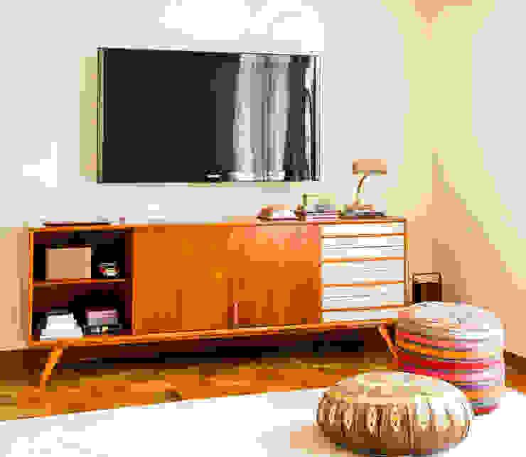 CARMELLO ARQUITETURA ห้องนอนWardrobes & closets