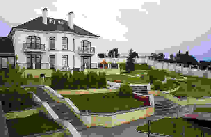 Частный дом на 800м2 Дома в классическом стиле от Архитектурная студия Классический