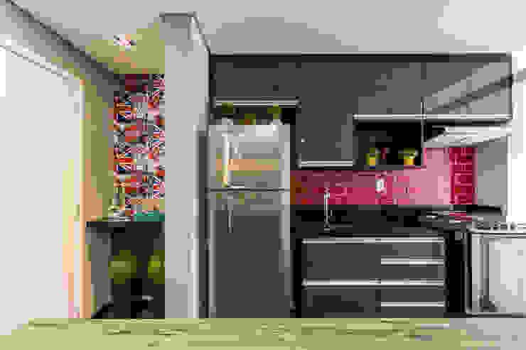 Moderne Küchen von Lo. interiores Modern