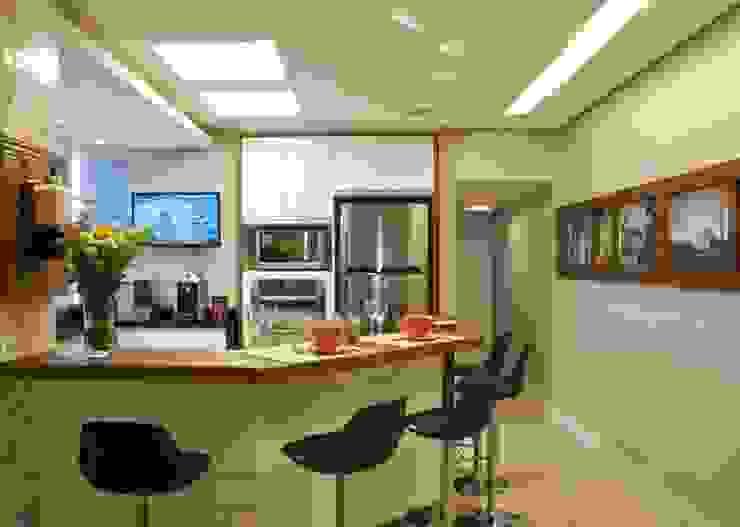 Cucina moderna di Tania Bertolucci de Souza | Arquitetos Associados Moderno