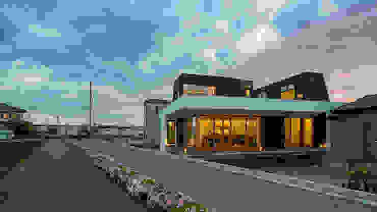 ふたつの芽 インダストリアルな 家 の murase mitsuru atelier インダストリアル