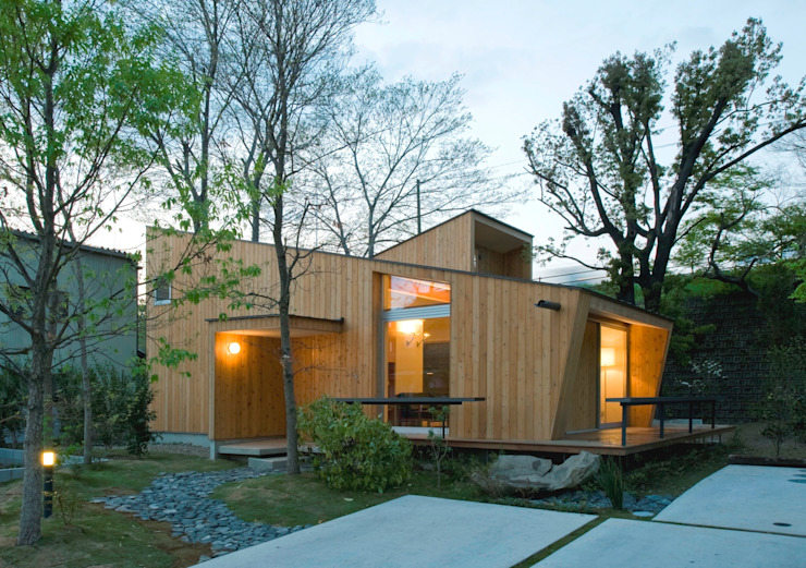 Modern style gardens by IBC DESIGN Modern