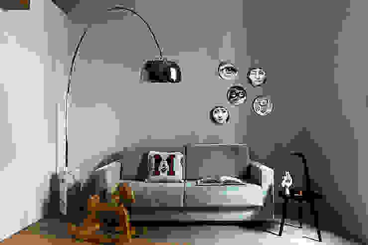 Salones de estilo moderno de Studio Tenca & Associati Moderno