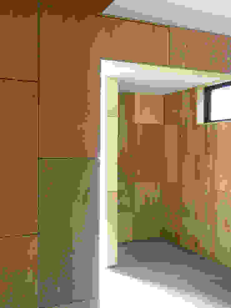 Corridor 和風の 玄関&廊下&階段 の ワダスタジオ一級建築士事務所 / Wada studio 和風