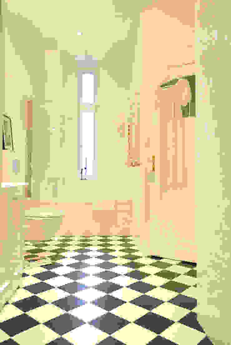 PRIVATE APARTAMENT 01 Eklektyczna łazienka od PUFF Eklektyczny