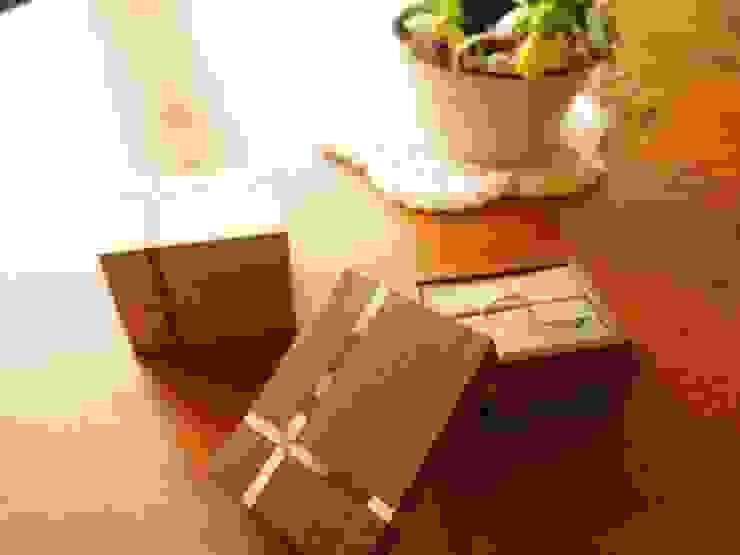 Ring-Case: 家具工房旅する木が手掛けた工業用です。,インダストリアル