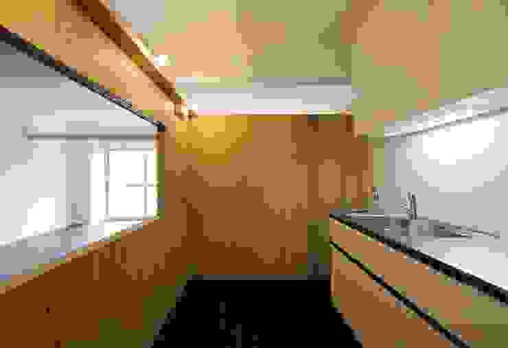 M-Room オリジナルデザインの キッチン の ADS一級建築士事務所 オリジナル