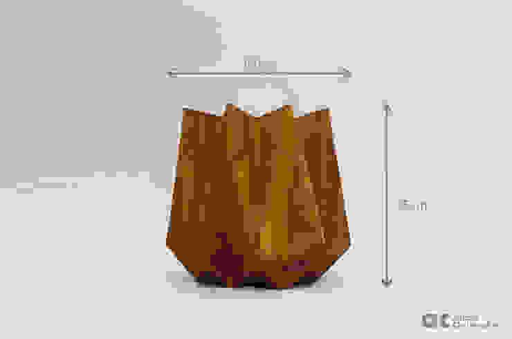 Kronen Tall in Corten Steel effect от Adam Christopher Design Скандинавский