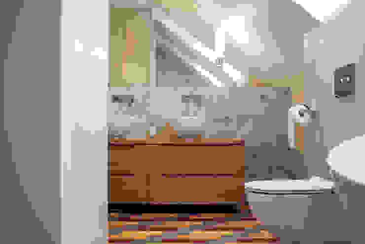 Finchstudio Modern Bathroom