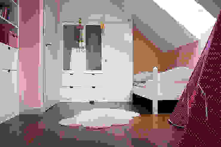 Dom pod Krakowem: styl , w kategorii Pokój dziecięcy zaprojektowany przez Finchstudio,Skandynawski