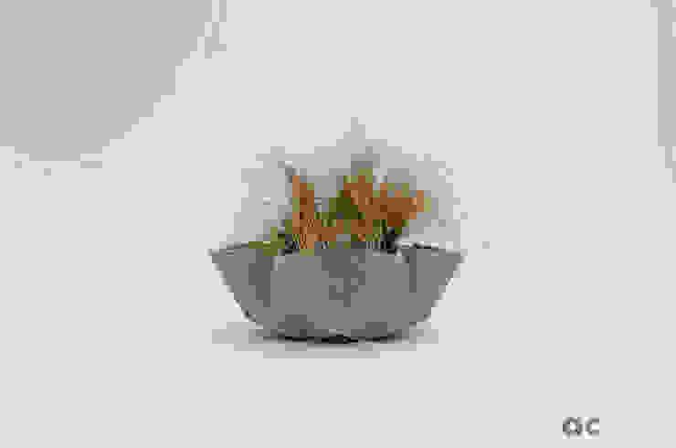 Kronen Bowl in warm grey concrete Adam Christopher Design Garden Plant pots & vases Concrete Grey