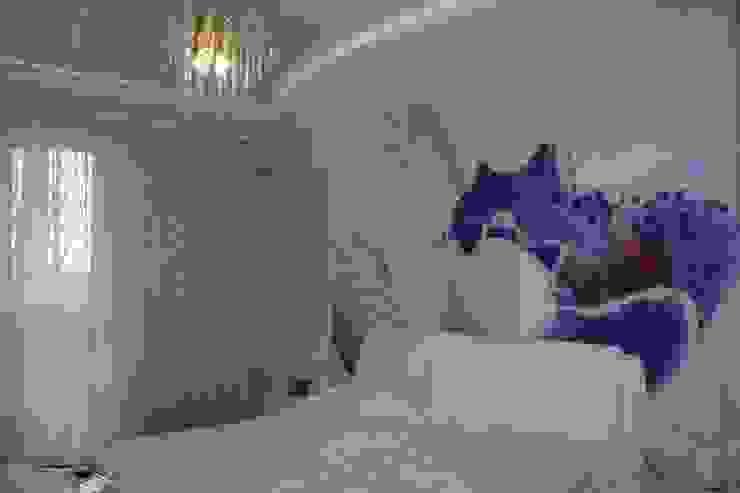 Moderne slaapkamers van Студия интерьерного дизайна happy.design Modern