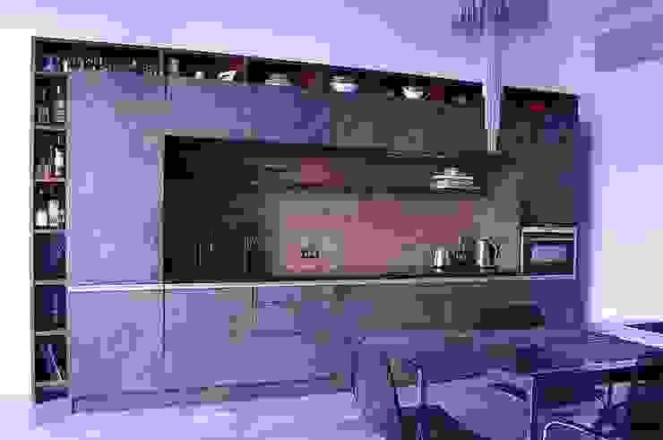 Нескучный серый Кухни в эклектичном стиле от PichuginaDesign Эклектичный