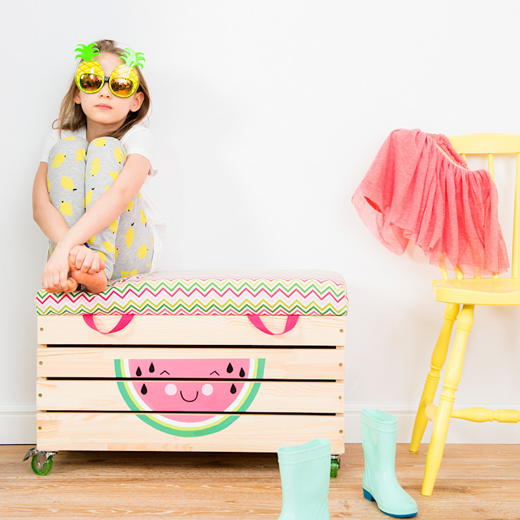 "​Wooden toy box ""Watermelove"" de NOBOBOBO Escandinavo"