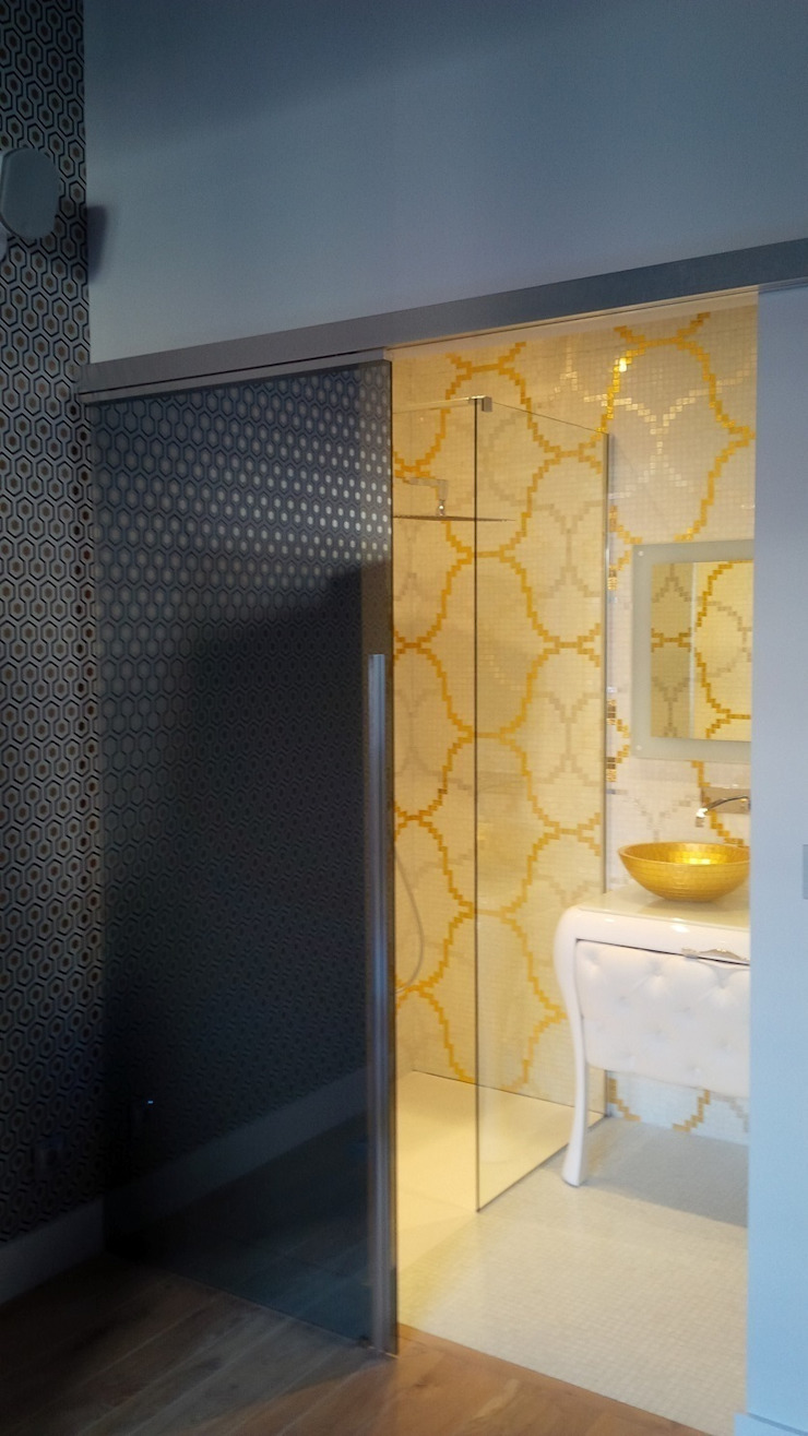 Eclectic style bathrooms by IL BAGNO Eclectic