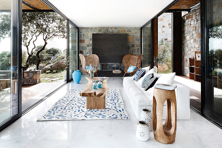 Living room by Engel & Völkers Bodrum,