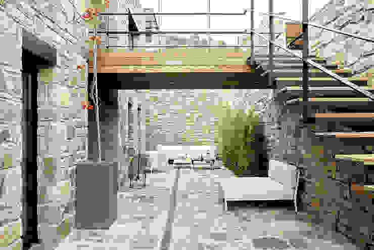 Engel & Völkers Bodrum Engel & Völkers Bodrum Balcones y terrazas de estilo moderno