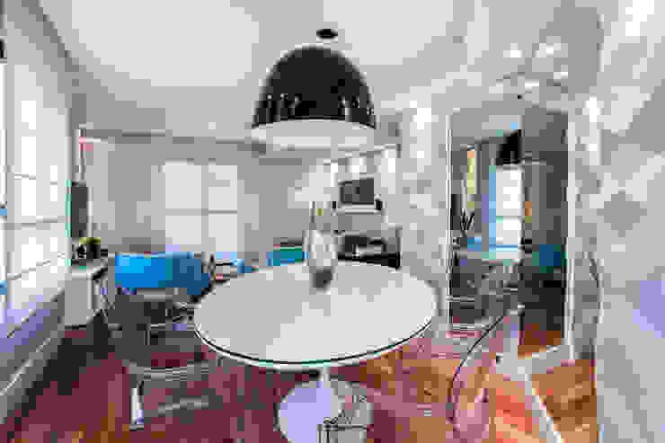 Modern Dining Room by Amanda Pinheiro Design de interiores Modern