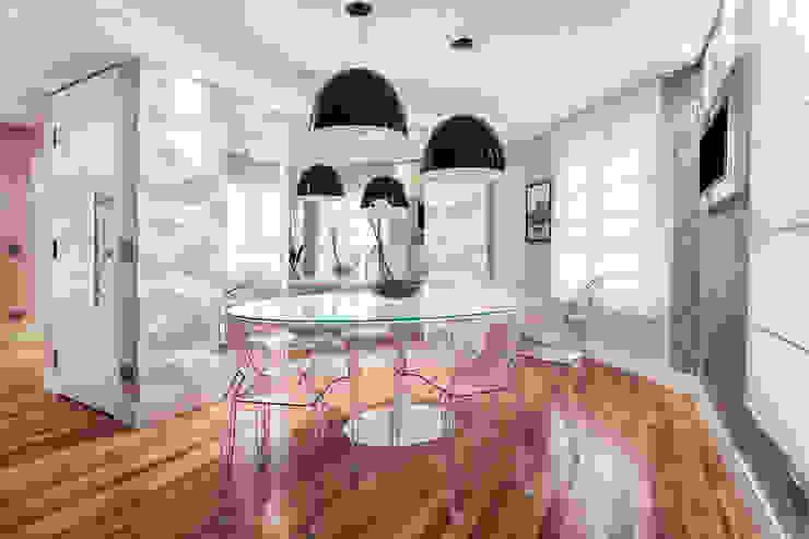 Comedores modernos de Amanda Pinheiro Design de interiores Moderno