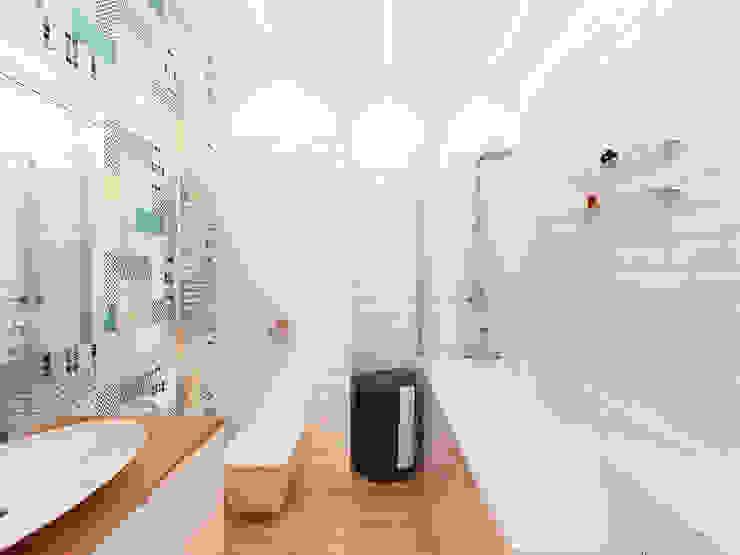 Квартира-студия в Москве Ванная комната в стиле минимализм от Rustem Urazmetov Минимализм