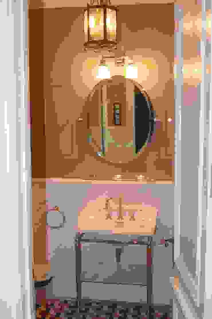 클래식스타일 욕실 by ANIMA 클래식