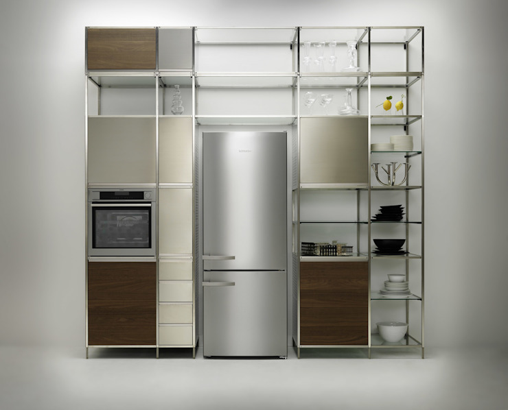 Meccanica Kitchen steel frame:  Kitchen by Valcucine,
