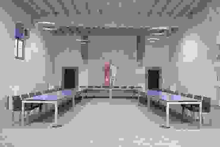 Ex <q>Oratorio della Vergine Maria in veste bianca</q> Centro congressi in stile eclettico di Studio ARTIFEX Eclettico