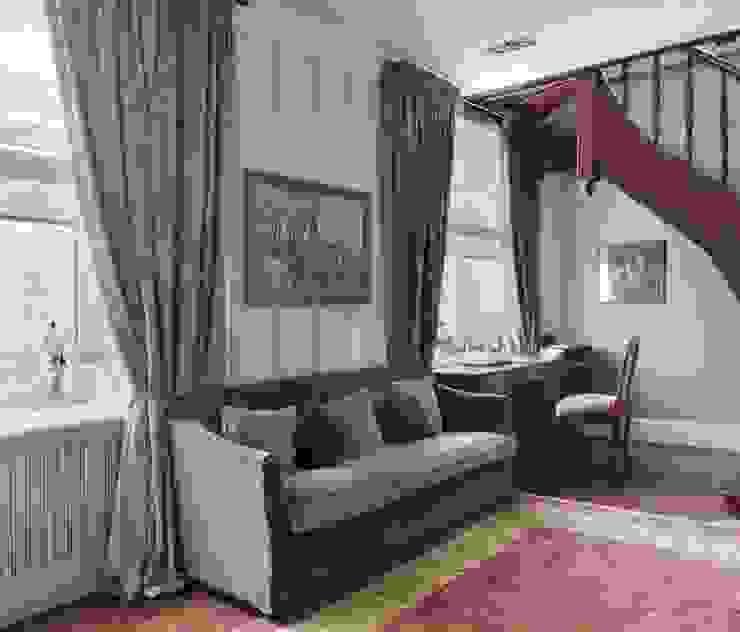 Квартира в сиреневых тонах Коридор, прихожая и лестница в эклектичном стиле от ANIMA Эклектичный