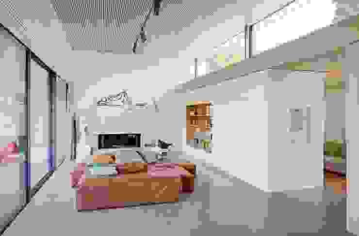 Modern Living Room by Schenker Salvi Weber Modern