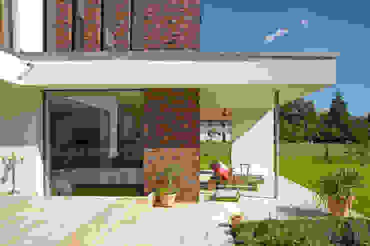 Nowoczesne domy od Michelmann-Architekt GmbH Nowoczesny