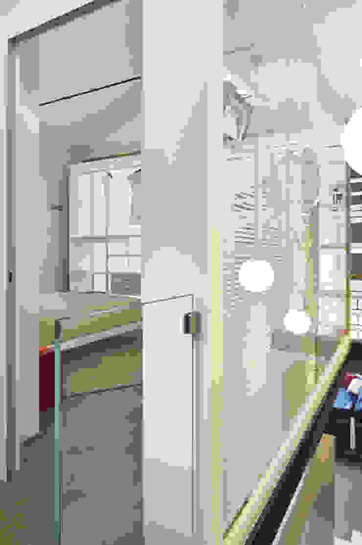 Minimalist Koridor, Hol & Merdivenler Studio ARTIFEX Minimalist