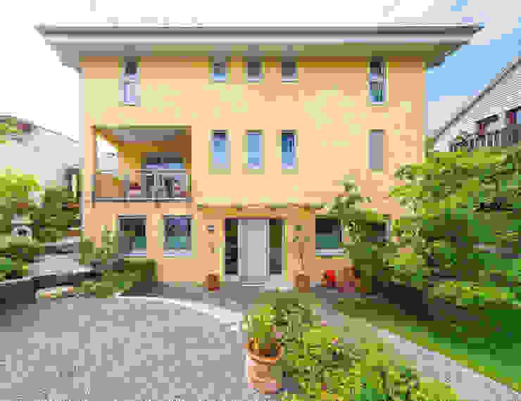 บ้านและที่อยู่อาศัย โดย Haacke Haus GmbH Co. KG, เมดิเตอร์เรเนียน