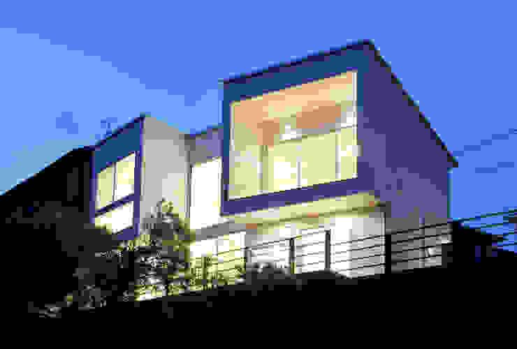 Casas estilo moderno: ideas, arquitectura e imágenes de ディアーキテクト設計事務所 Moderno