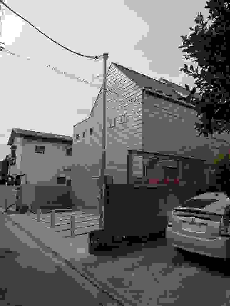 シンプルな家の外観02 モダンな 家 の 桑原建築設計室 モダン