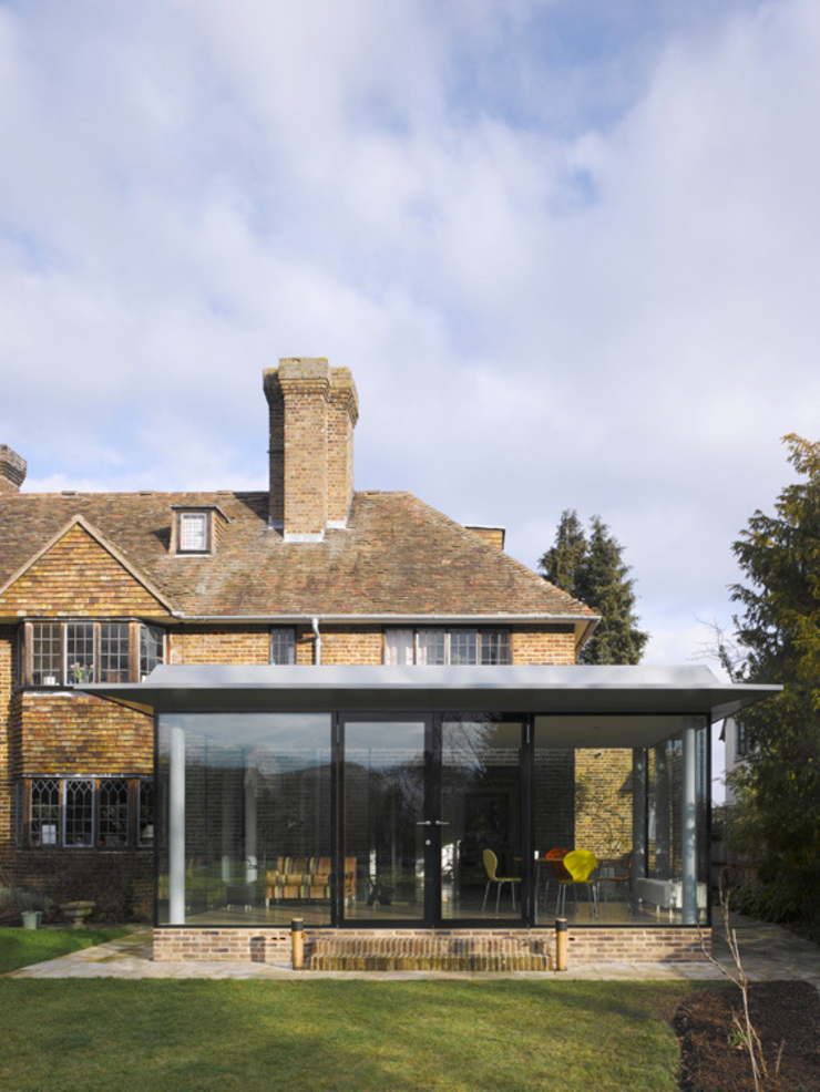 Storey's Way Modern home by Hudson Architects Modern