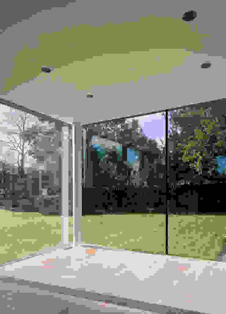 Storey's Way Salon moderne par Hudson Architects Moderne