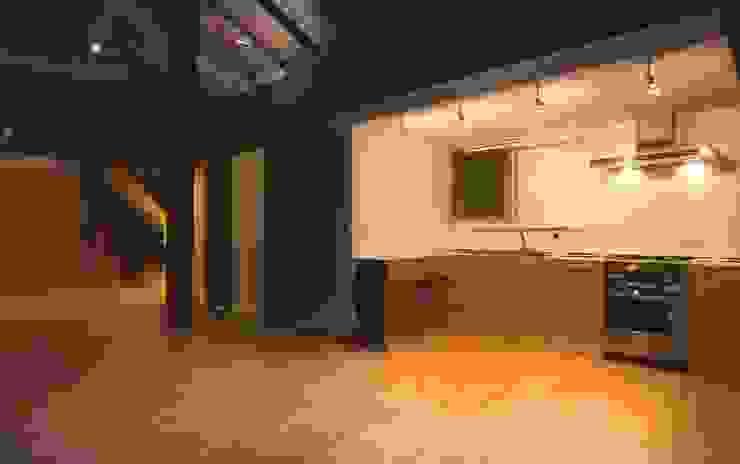 キッチン: 家山真建築研究室 Makoto Ieyama Architect Officeが手掛けたキッチンです。,モダン