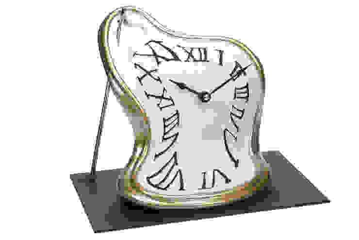 Vago Minds Ltd. – Eriyen Masa Saati / Classic Melted Clock: modern tarz , Modern