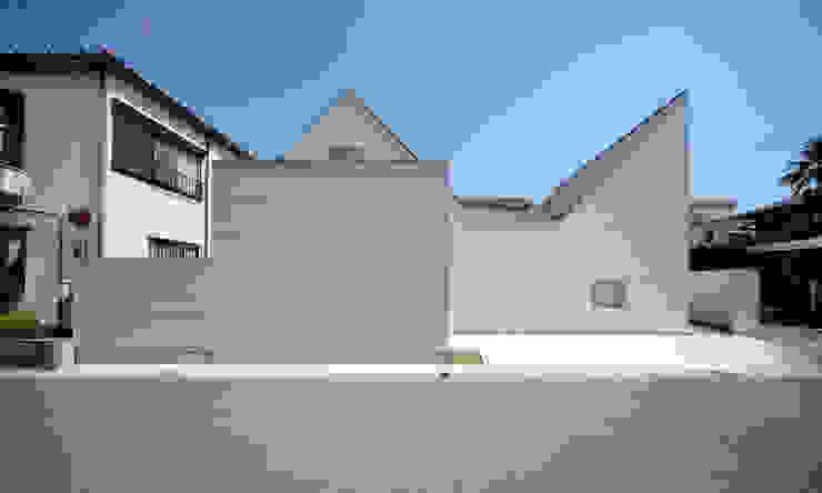 Minimalistische Häuser von 星設計室 Minimalistisch