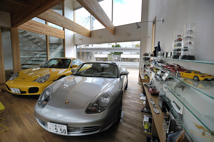 K-house 趣味のスペース 株式会社 森本建築事務所 モダンデザインの ガレージ・物置