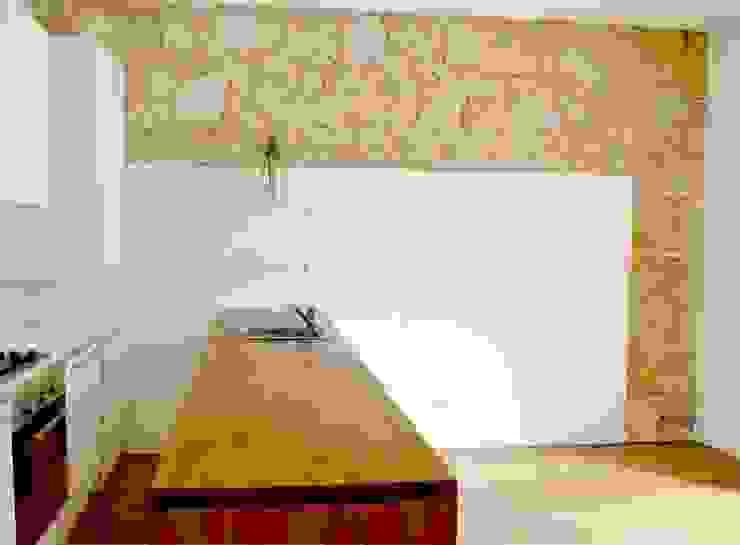 Reabilitação de Prédio Rústico em Carcavelos Cozinhas minimalistas por adoroaminhacasa Minimalista