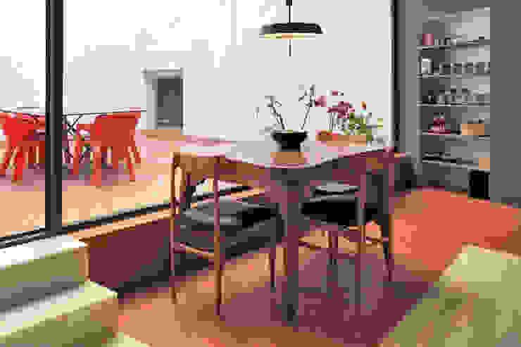bellafilarquitectes Modern kitchen