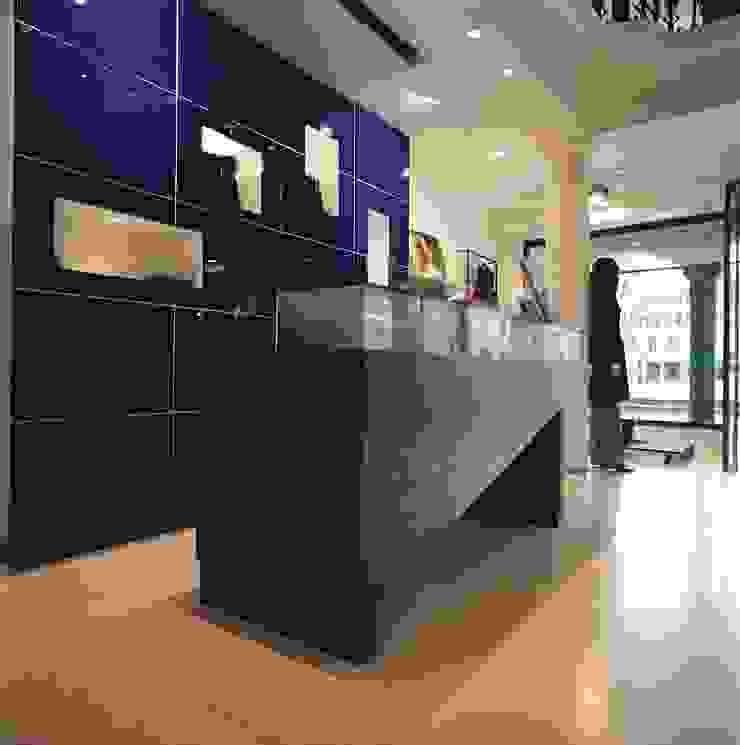 M A+D Menzo Architettura+Design Locaux commerciaux & Magasins