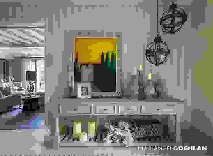 Chambre moderne par MARIANGEL COGHLAN Moderne