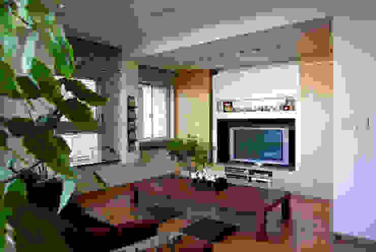 オープンキッチンのあるマンションリフォーム(渋谷) オリジナルデザインの リビング の Style is Still Living ,inc. オリジナル
