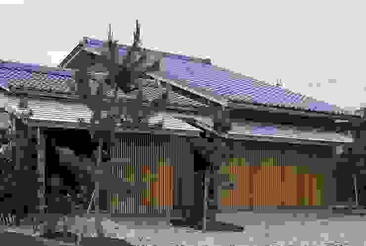 Casas eclécticas de 神谷建築スタジオ Ecléctico